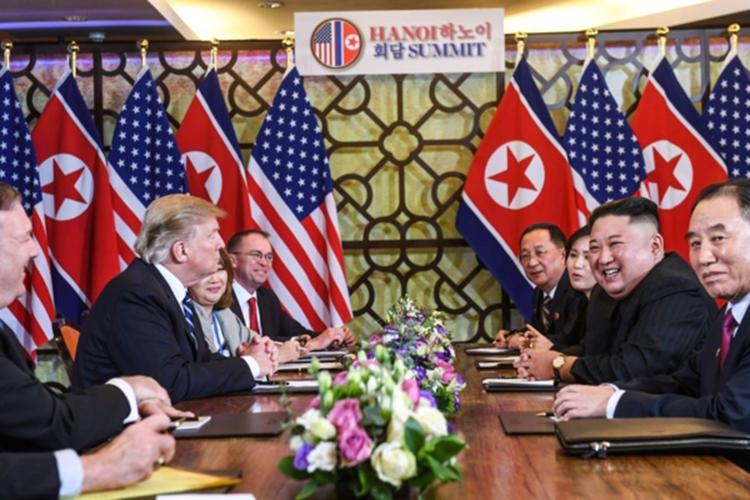 Phái đoàn Mỹ - Triều trong phiên họp mở rộng