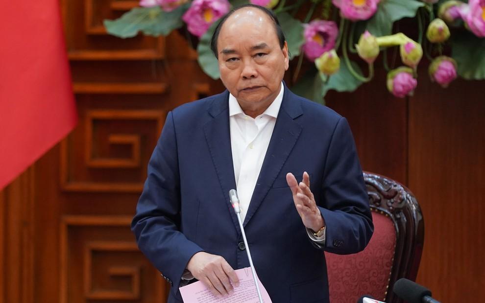 Thủ tướng Nguyễn Xuân Phúc: Phòng, chống dịch với tinh thần bảo vệ sức khỏe người dân là quan trọng nhất. Ảnh: VGP