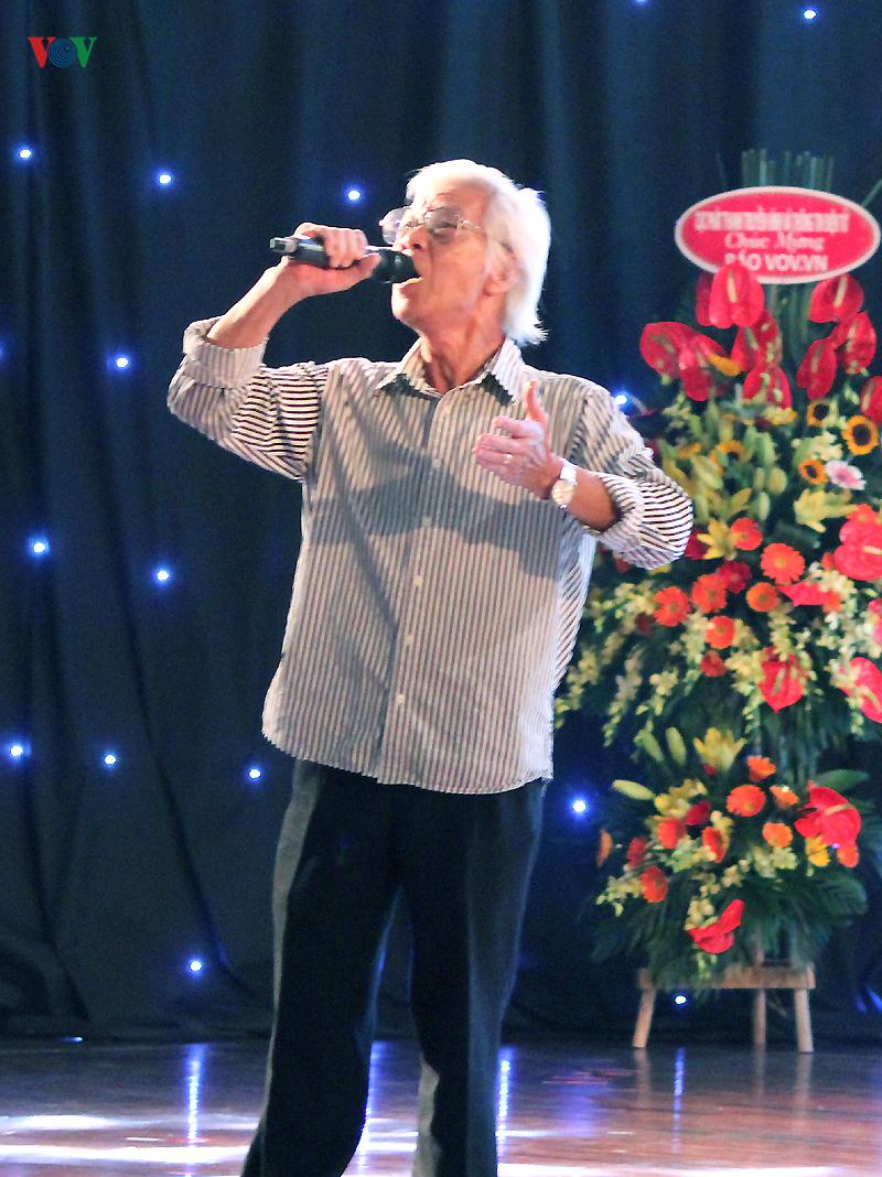 Nghệ sĩ An Bình  gửi trọn tâm tình trong ca khúc 'Về đây nghe em'.