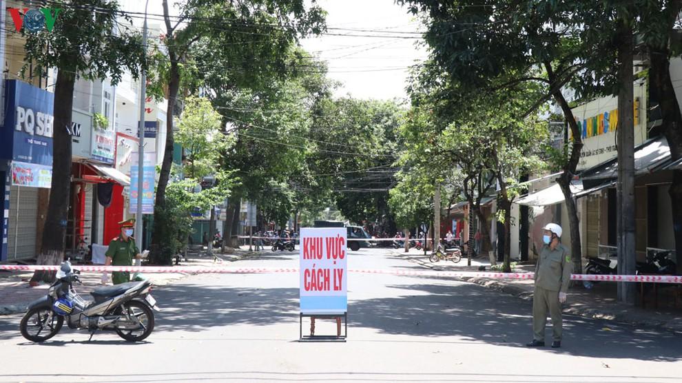 Phong tỏa khu phố liên quan đến ca bệnh Covid -19 tại thành phố Buôn Ma Thuột