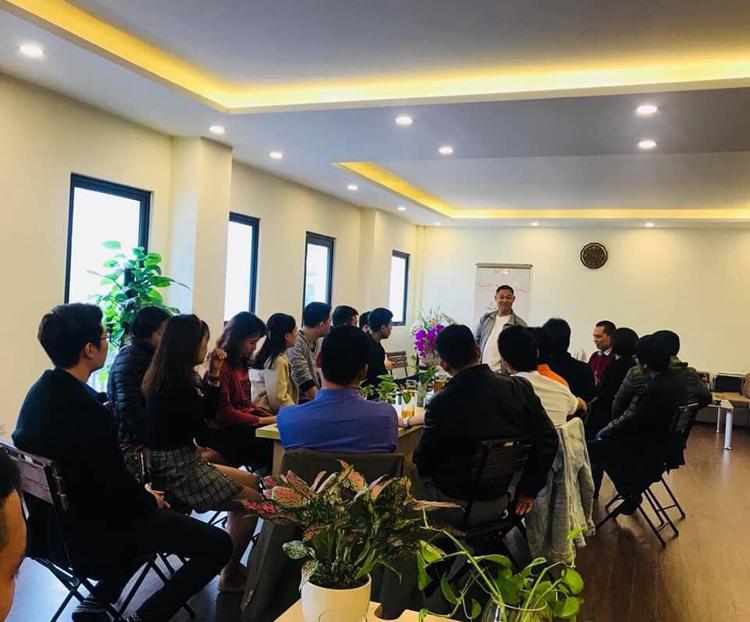 Một buổi thuyết giảng tại địa chỉ A (SH 22), ô số B4, Khu đô thị mới Nam Trung Yên, Phường Yên Hoà, Quận Cầu Giấy, Hà Nội.