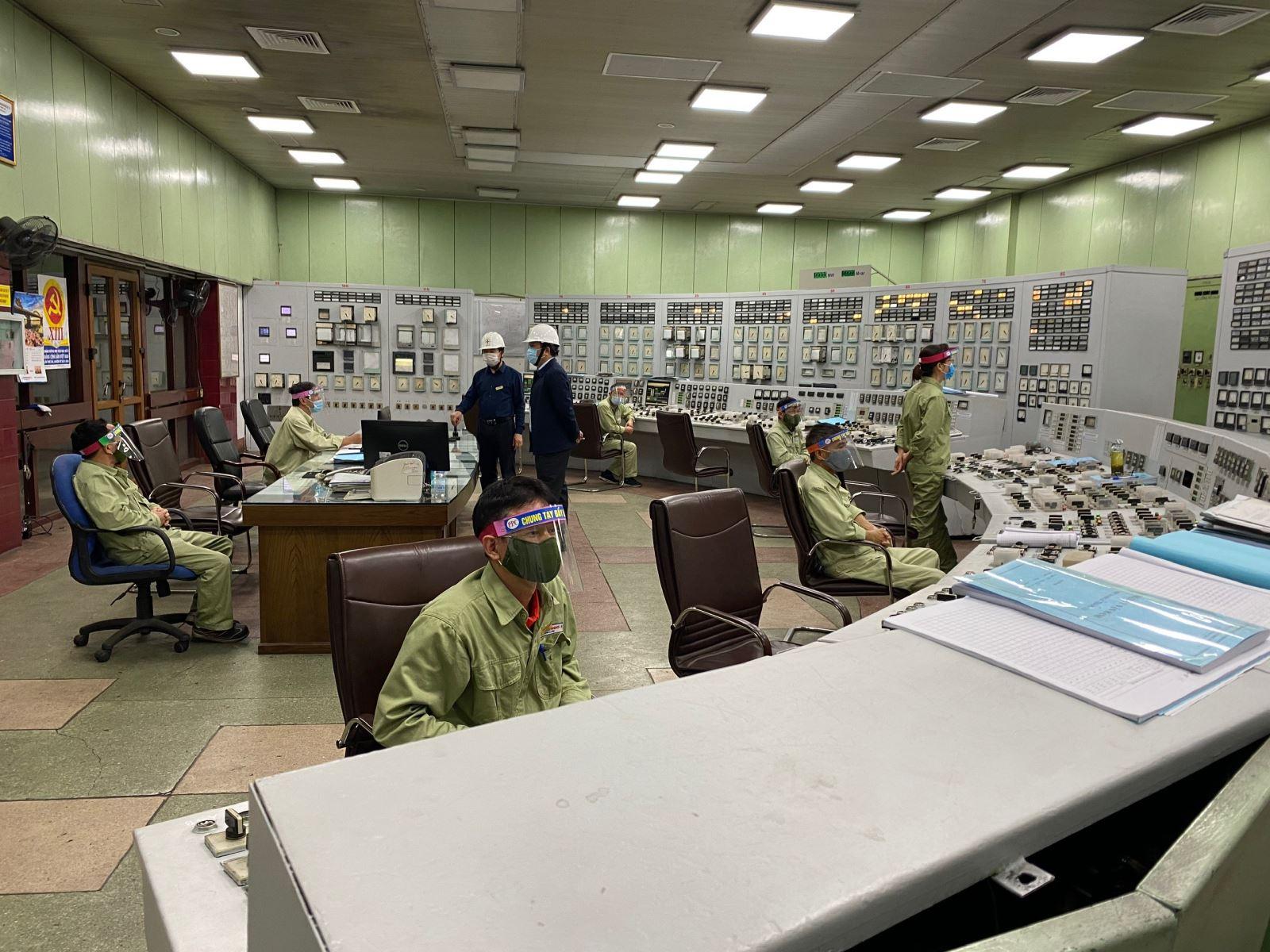 Nhiệt điện Phả Lại duy trì phát điện Tết Tân Sửu 2021.
