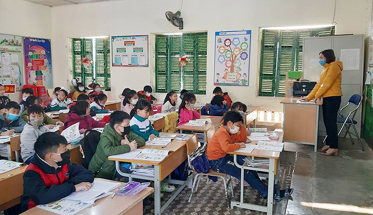 Học sinh có thể đi học trở lại sau khi có các biện pháp đảm bảo phòng chống dịch. Ảnh minh họa.