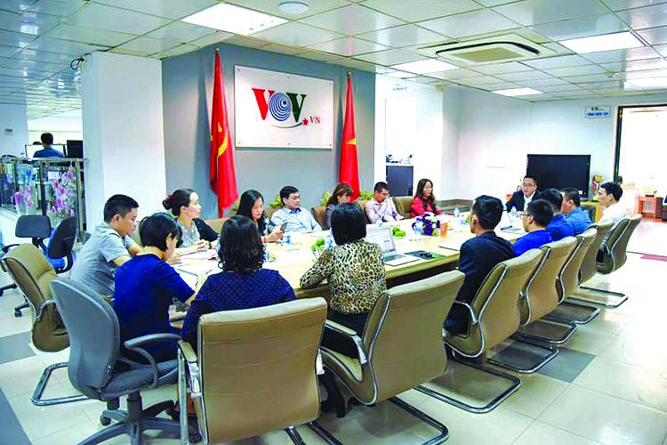 Một buổi họp giao ban cán bộ Báo điện tử VOV.