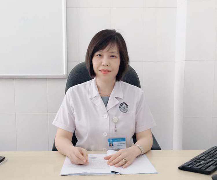 TS.BS Nguyễn Thị Thu Hiền, Trưởng khoa Khúc xạ, Bệnh viện Mắt Trung ương.