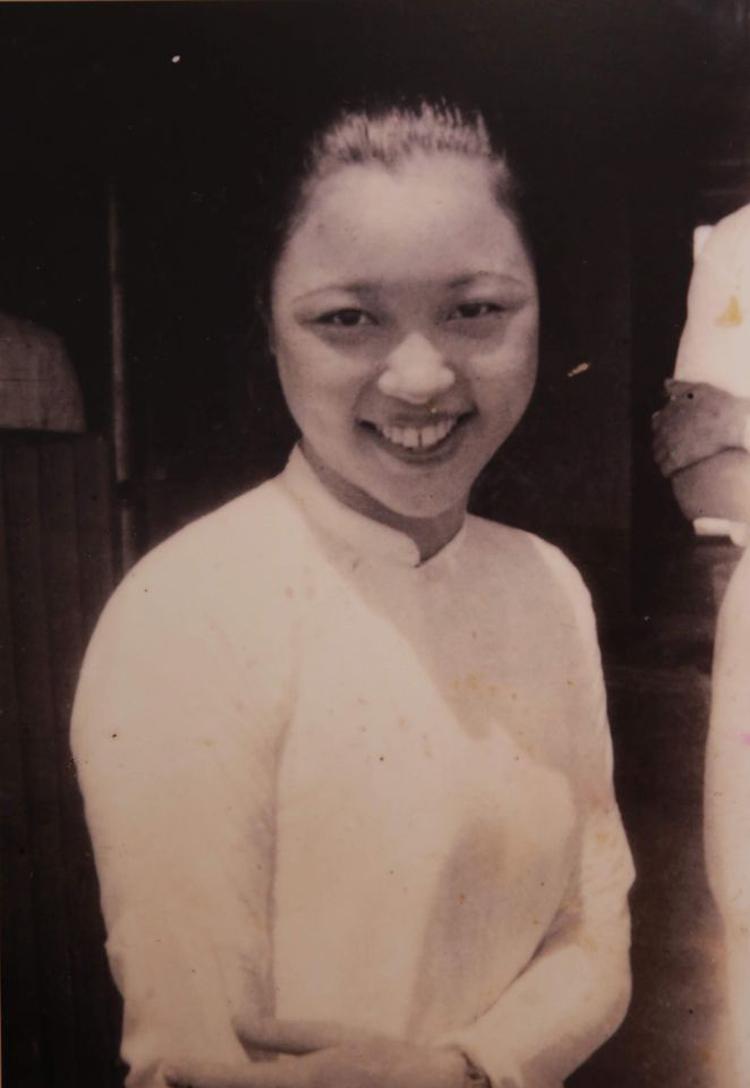 Bà Vi Kim Ngọc với nhan sắc xinh đẹp thời con gái.