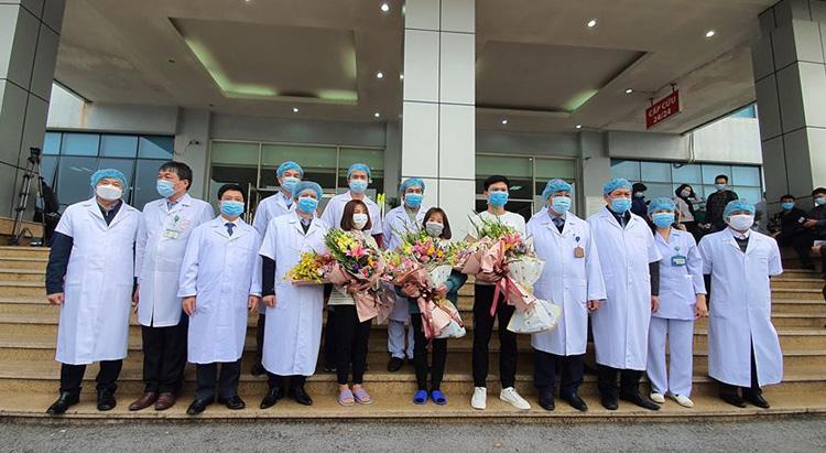 Tuần trước, tại BV Bệnh Nhiệt đới Trung ương cơ sở Kim Chung (Đông Anh, Hà Nội) đã có 3 bệnh nhân mắc COVID-19 được xuất viện.
