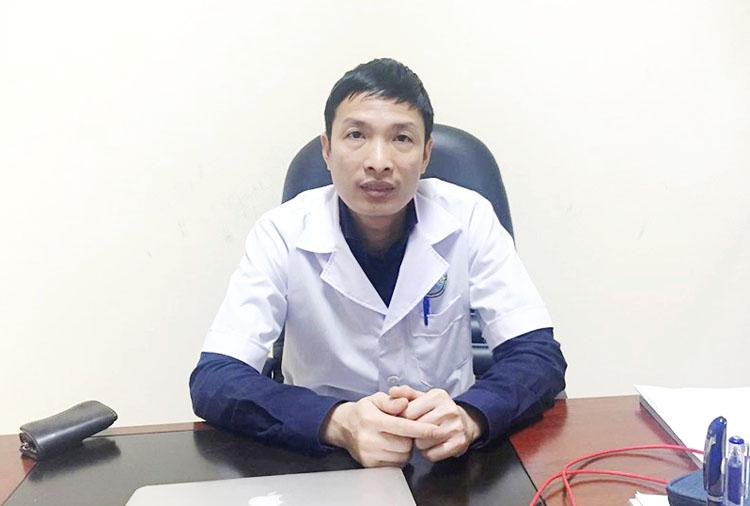 TS.BS Nguyễn Hoàng Huy, Trưởng khoa Tai, Bệnh viện Tai mũi họng Trung ương. (Ảnh: H.G)