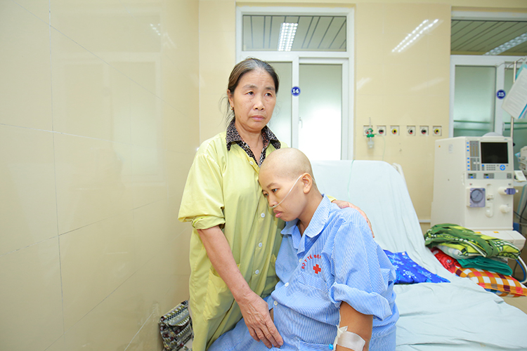 Sản phụ Nguyễn Thị Liên trước khi vào phòng mổ.