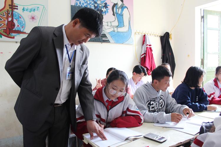 Chắp cánh ước mơ sáng tạo của các em học sinh, giúp các em thêm yêu trường, yêu lớp.