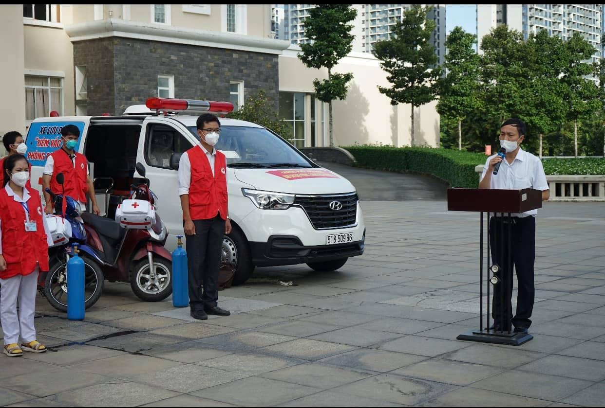 Đội lưu động, phản ứng nhanh được trang bị đầy đủ dụng cụ, thiết bị y tế.