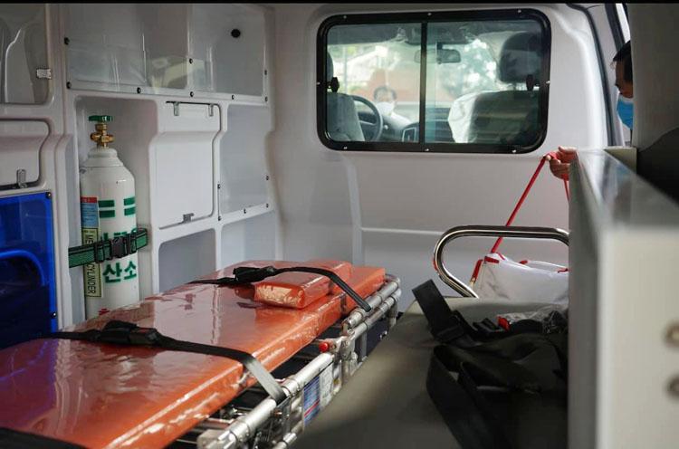 Các xe lưu động được trang bị bình oxy, thuốc, thiết bị y tế…