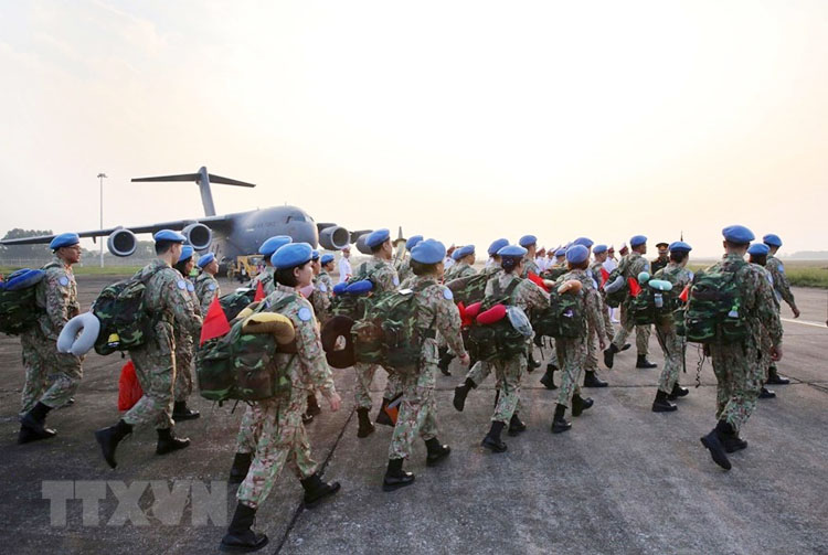 Đến nay, Việt Nam đã cử gần 250 lượt sĩ quan quân đội làm nhiệm vụ tại các Phái bộ gìn giữ hòa bình ở Nam Sudan, Cộng hòa Trung Phi và tại Trụ sở LHQ (Ảnh: TTXVN)