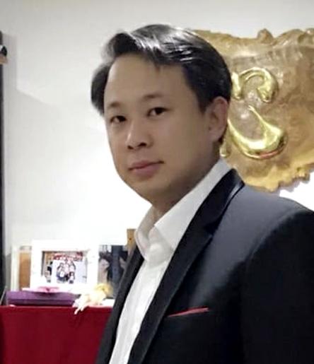 TS.BS Nguyễn Vũ.