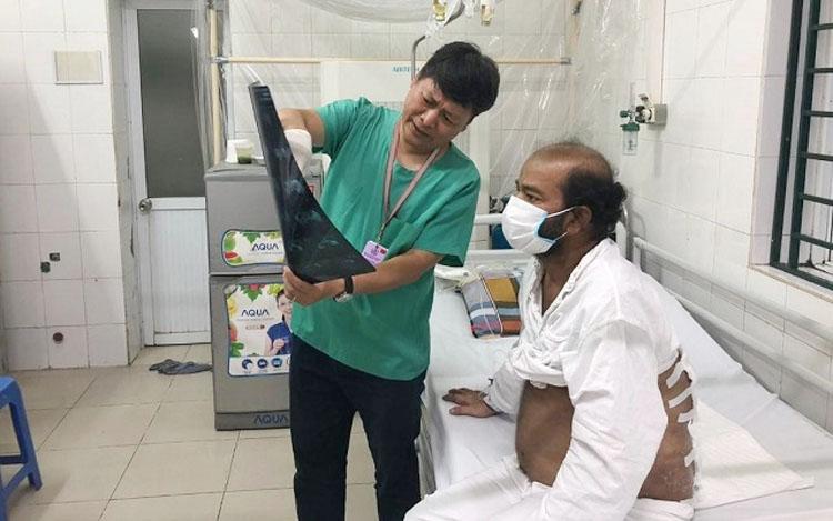 """Một ca bệnh """"hậu bối"""" được điều trị tại Bệnh viện Việt Đức."""