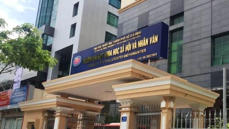 11 giảng viên Khoa Hàn Quốc học đồng loạt xin nghỉ khiến dư luận quan tâm.
