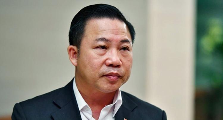Đại biểu Quốc hội Lưu Bình Nhưỡng cho rằng phải tước bằng lái xe vĩnh viễn, phạt tiền tỷ đối với tài xế gây tai nạn chết người.