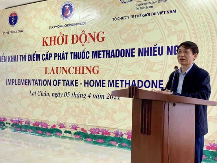 Cục trưởng Nguyễn Hoàng Long trong buổi triển khai chương trình cấp thuốc nhiều ngày tại Lai Châu ngày 5/4.