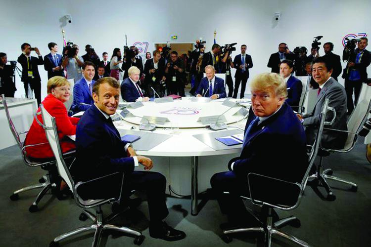Ngày 24/8, Hội nghị Thượng đỉnh Nhóm các nền công nghiệp phát triển hàng đầu (G7) chính thức khai mạc tại Biarritz, Pháp. Tổng thống Pháp Emmanuel Macron cùng các nhà lãnh đạo Mỹ, Anh, Đức, Nhật Bản, Canada và Italy đã có mặt tại đây để tham dự Hội nghị thượng đỉnh G7 (Nguồn: Reuters/Insider).