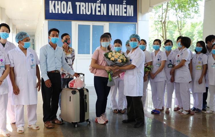 Nhờ có kinh nghiệm trong việc đối phó đại dịch SARS, Việt Nam đã lập ra một kế hoạch toàn diện để đối phó đại dịch covid - 19.