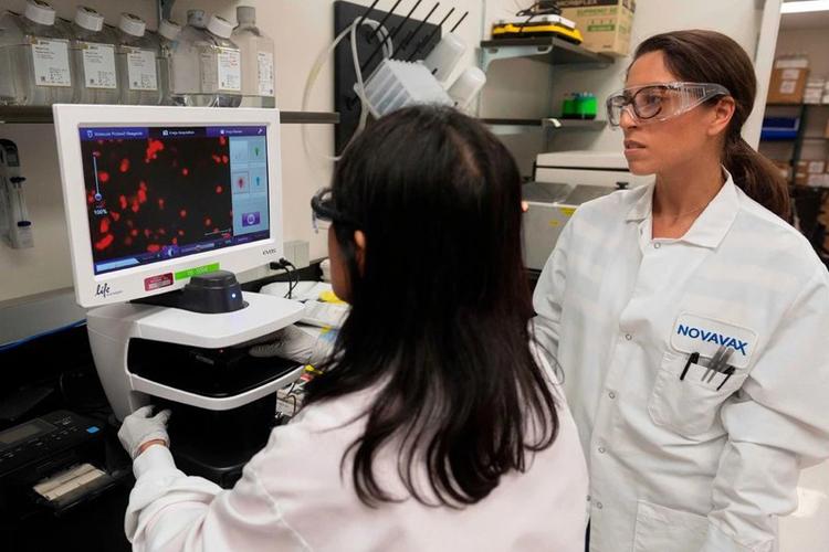 Các nhà nghiên cứu của công ty Novavax sử dụng công nghệ mới để sản xuất vaccine nhanh hơn so với các công nghệ trước đó. Nguồn: AFP/Getty Images.