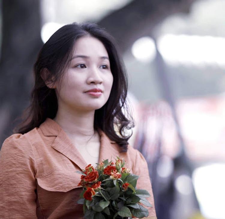 Nhà thơ, nhà báo Lữ Mai cho rằng, việc cây bút trẻ dấn thân và khẳng định mình ở địa hạt biển đảo là tín hiệu đáng mừng.