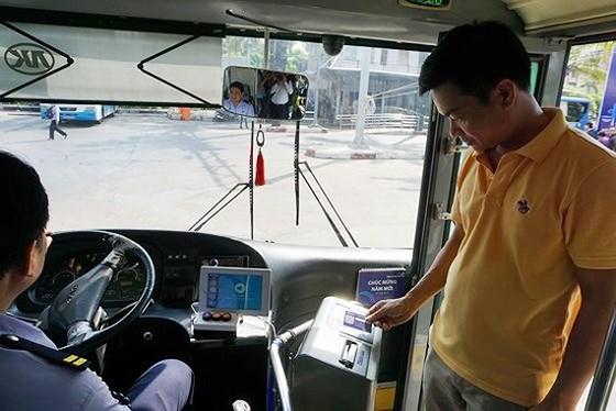 Năm 2020, Hà Nội có vé liên thông cho các phương tiện công cộng. Ảnh: Nhân Trần