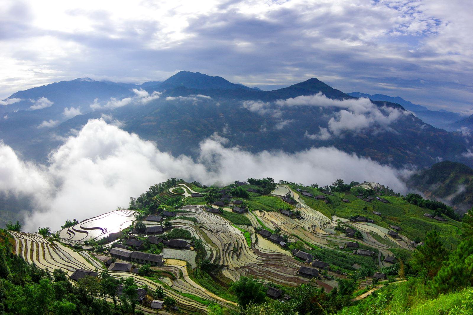 Vẻ đẹp kỳ vĩ của Bản Phùng ở huyện Hoàng Su Phì (Hà Giang).