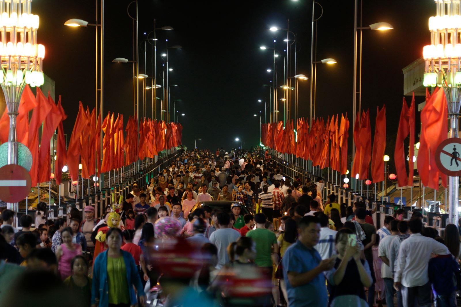 Đêm khai mạc lễ hội dừa Bến Tre lần thứ 5 (năm 2019).