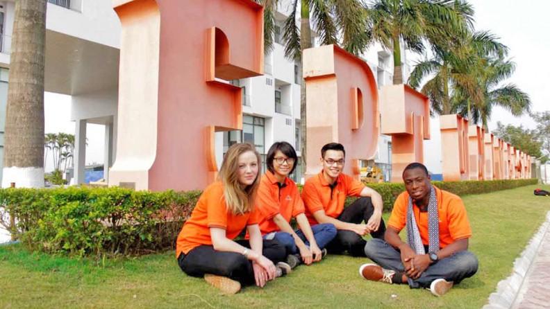 Trường ĐH FPT tuyển thẳng DHS từ các trường thuộc top 1.000 ĐH tốt nhất thế giới.