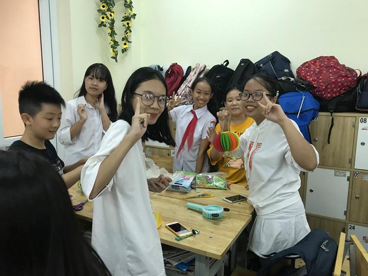 Học sinh Trường Thực nghiệm Hà Nội- nơi đầu tiên áp dụng chương trình công nghệ giáo dục từ cách đây 40 năm.