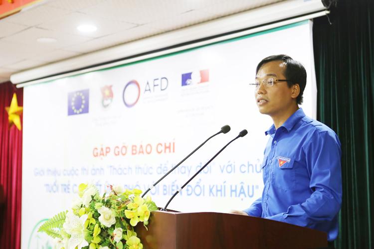 Ông Nguyễn Bình Minh, Chánh Văn phòng Trung ương Đoàn, Trưởng Ban Tổ chức giới thiệu cuộc thi.