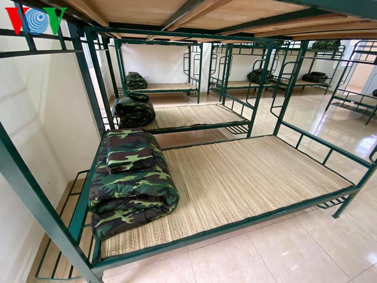 Bộ Tư lệnh Thủ đô đã chuẩn bị 2 cơ sở cách ly là: Sư đoàn 301 tại Xuân Mai, Chương Mỹ và trường Quân sự của Bộ Tư lệnh Thủ đô tại Sơn Tây.