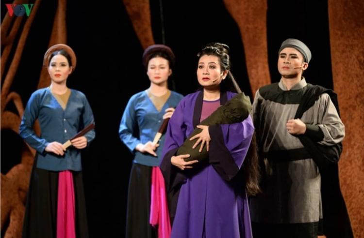 Nghệ sĩ Thu Trang đã lột tả chân thực, trọn vẹn những diễn biến tâm lý của nàng Tô Thị.