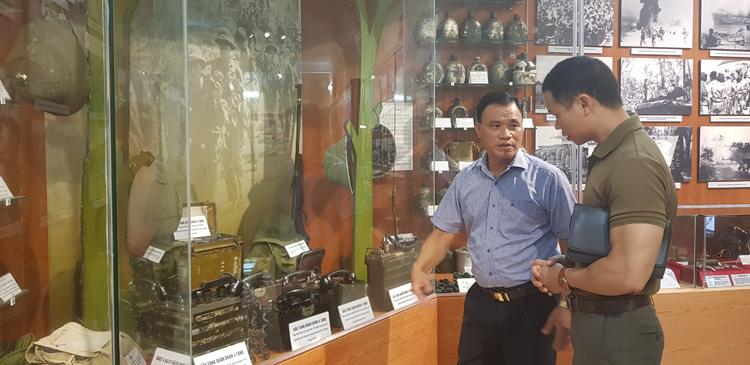 Mỗi hiện vật, tư liệu tại Bảo tàng đều được ông Trần Hồng Quảng dày công sưu tầm, đưa về trưng bày tại Bảo tàng.