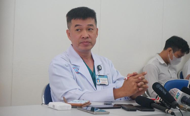 Bác sĩ Chuyên khoa 2 Trần Thanh Linh - Phó Khoa Hồi sức cấp cứu, Bệnh viện Chợ Rẫy TP.HCM.