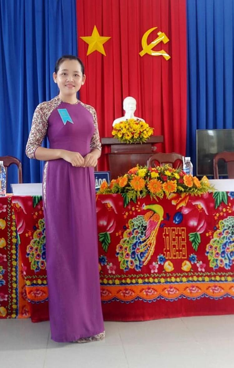 Chị Trần Thị Ngọc Thúy là đảng viên trẻ, đi đầu trong mọi phong trào.