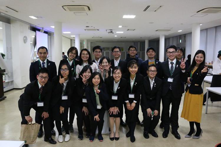 Du học sinh Việt Nam tại Nhật Bản.